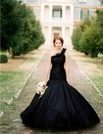 Abito da sposa nero Matrimonio Halloween Villa Fiorita Treviso